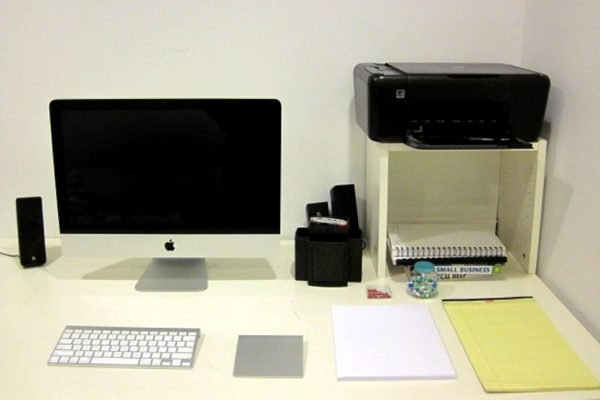 Keep-Your-Office-Table-Clean-and-Neat-Step-6